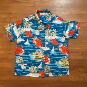 Vintage Hawaiian botton up shirt.